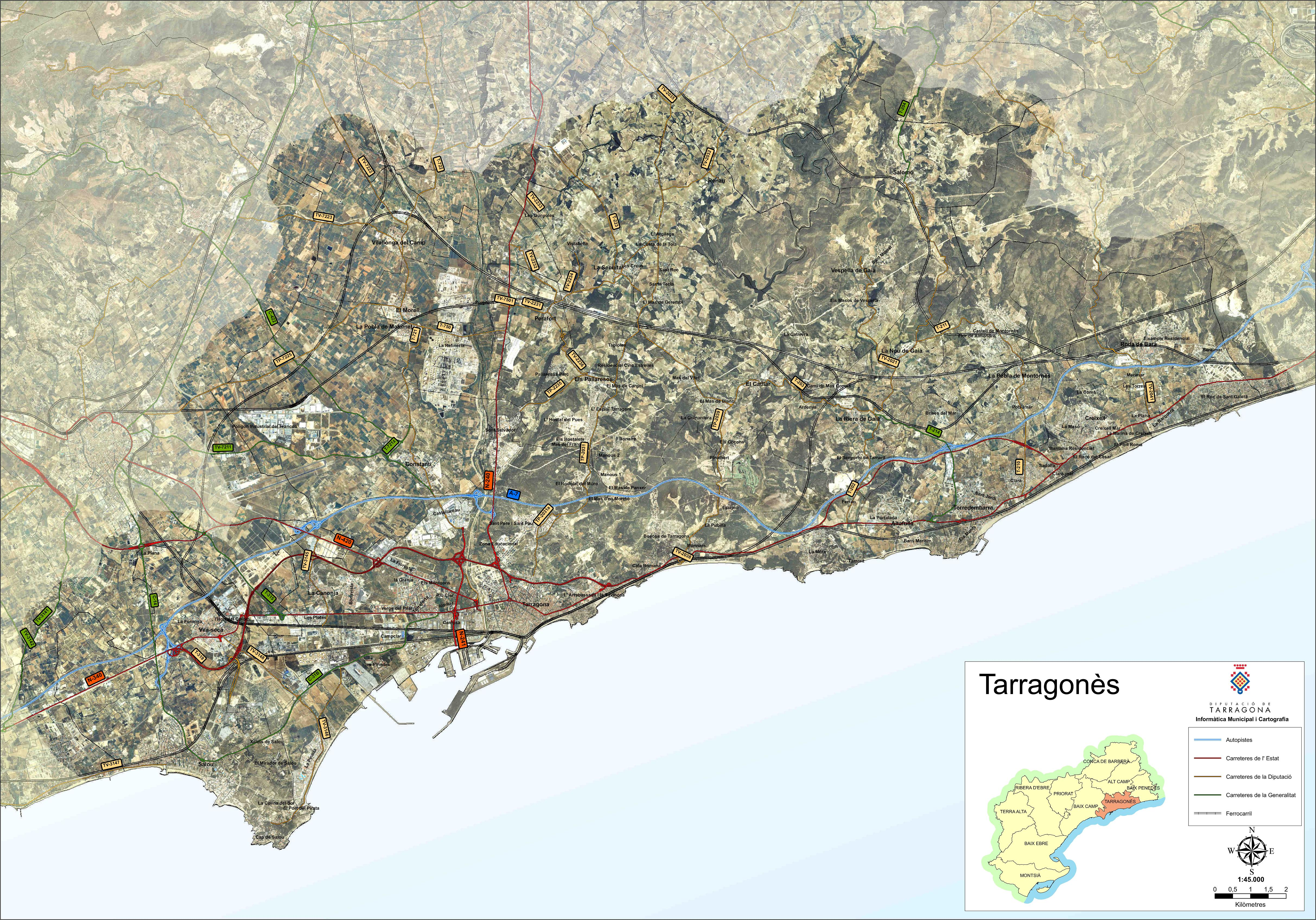 Satellite and road map of the comarca of Tarragonès