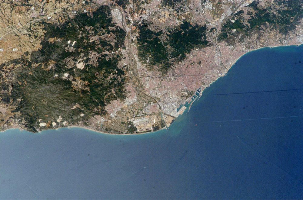 Foto satelital de Barcelona 2004
