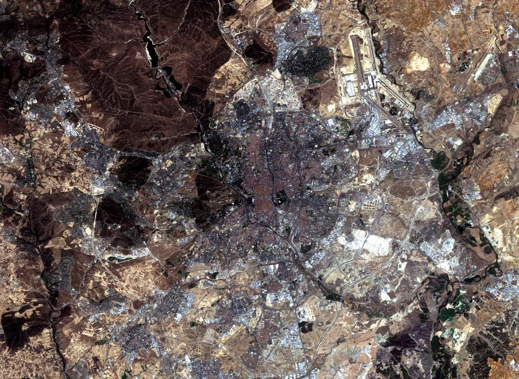 Satellite image of Madrid 2004