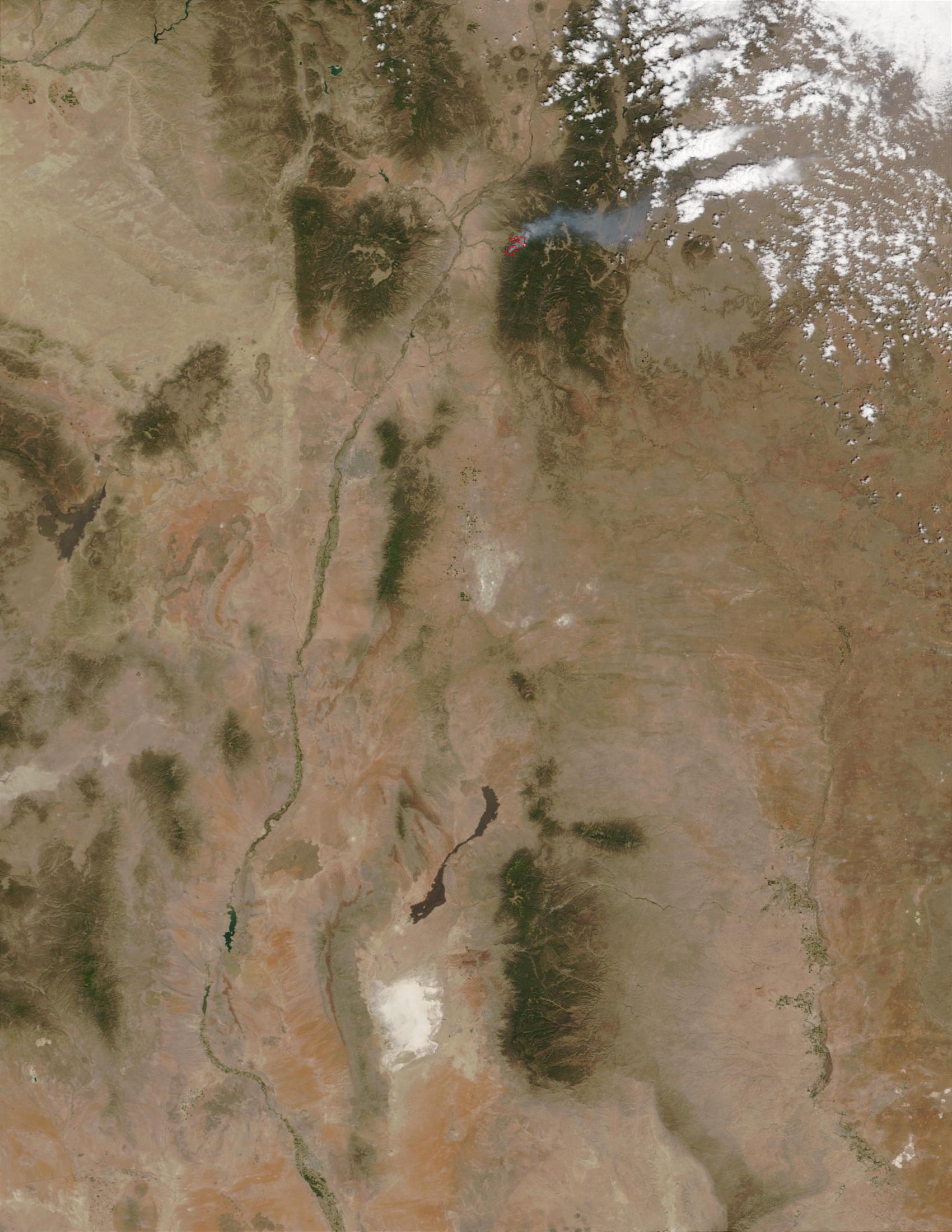 Borrego fire near Santa Fe, New Mexico