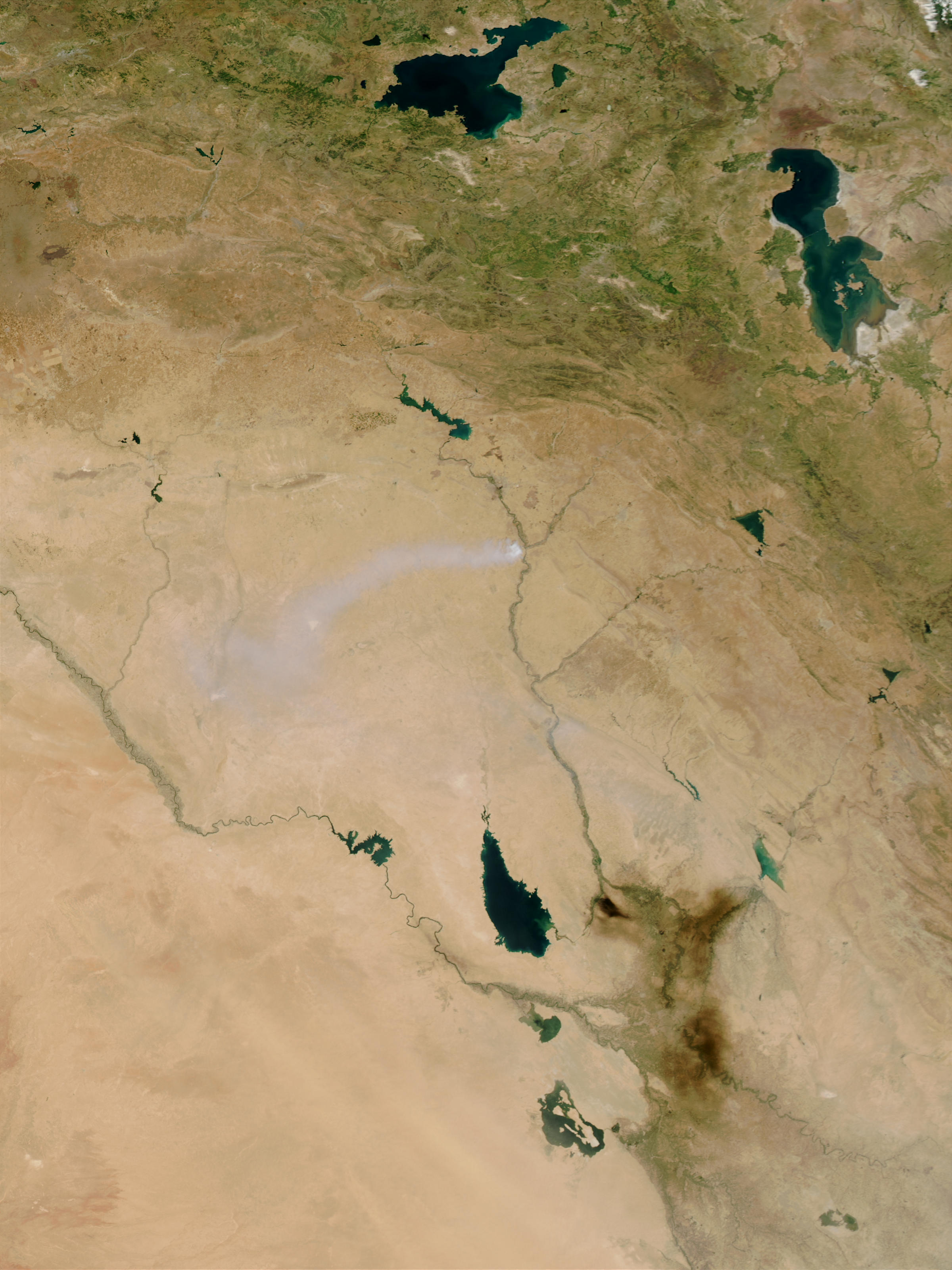 Toxic sulfur smoke across Iraq