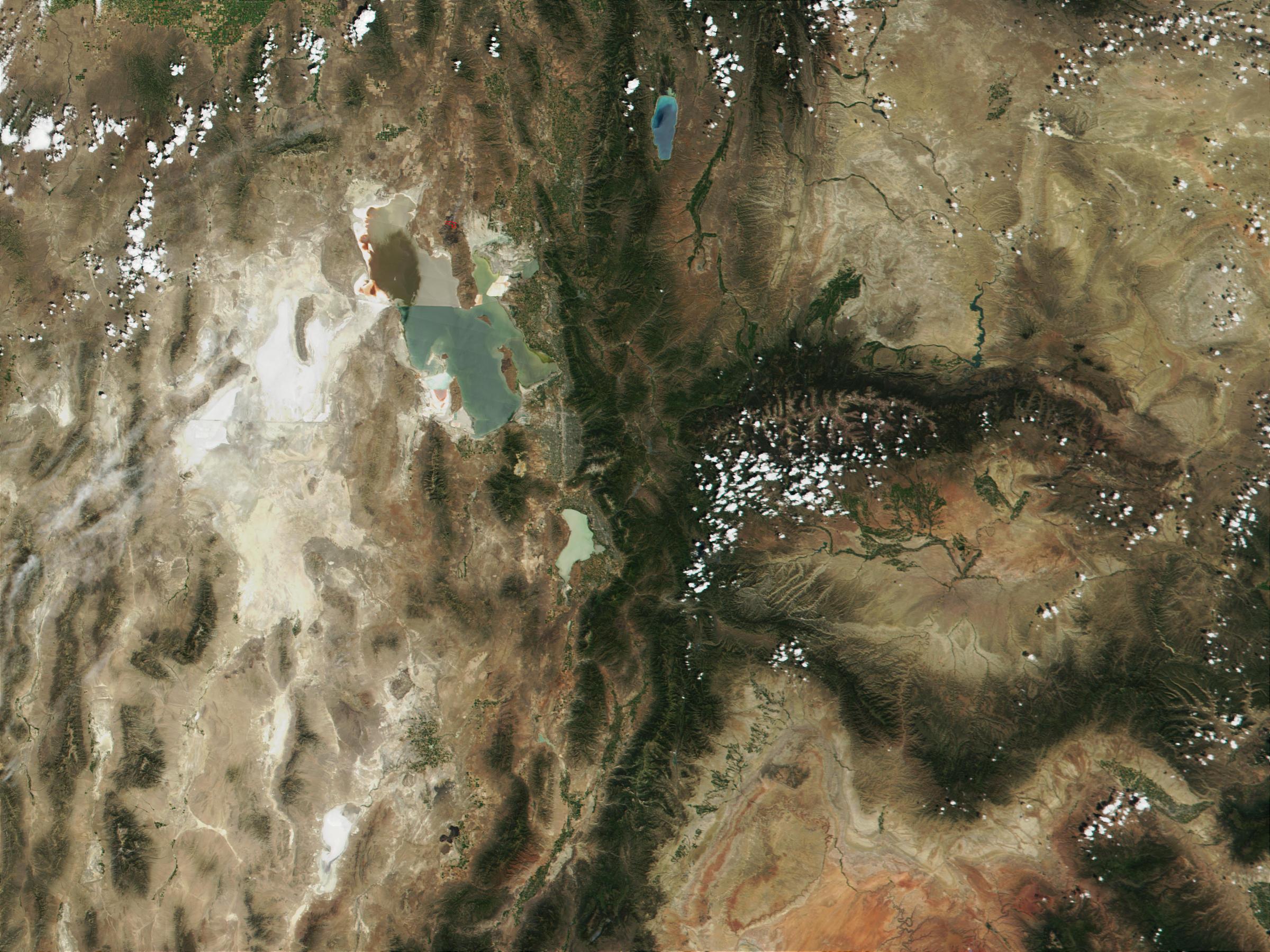 Incendio cerca de Salt Lake City, Utah, Estados Unidos