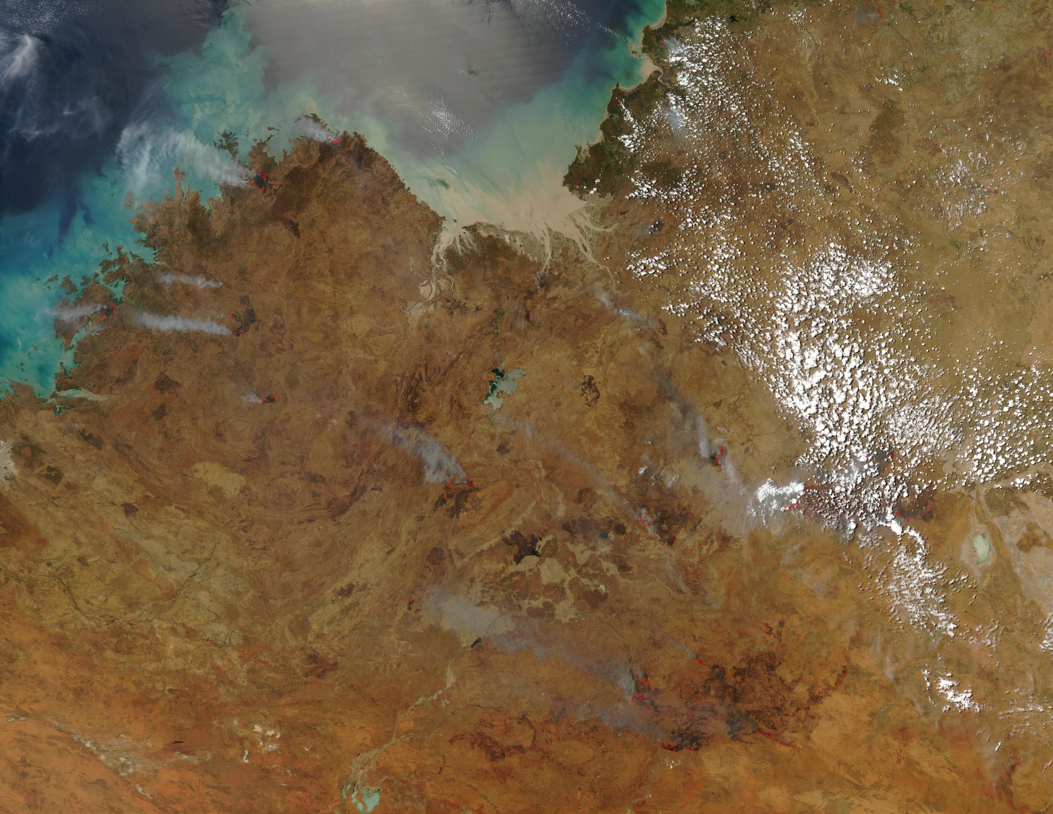 Incendios a través del noroeste de Australia