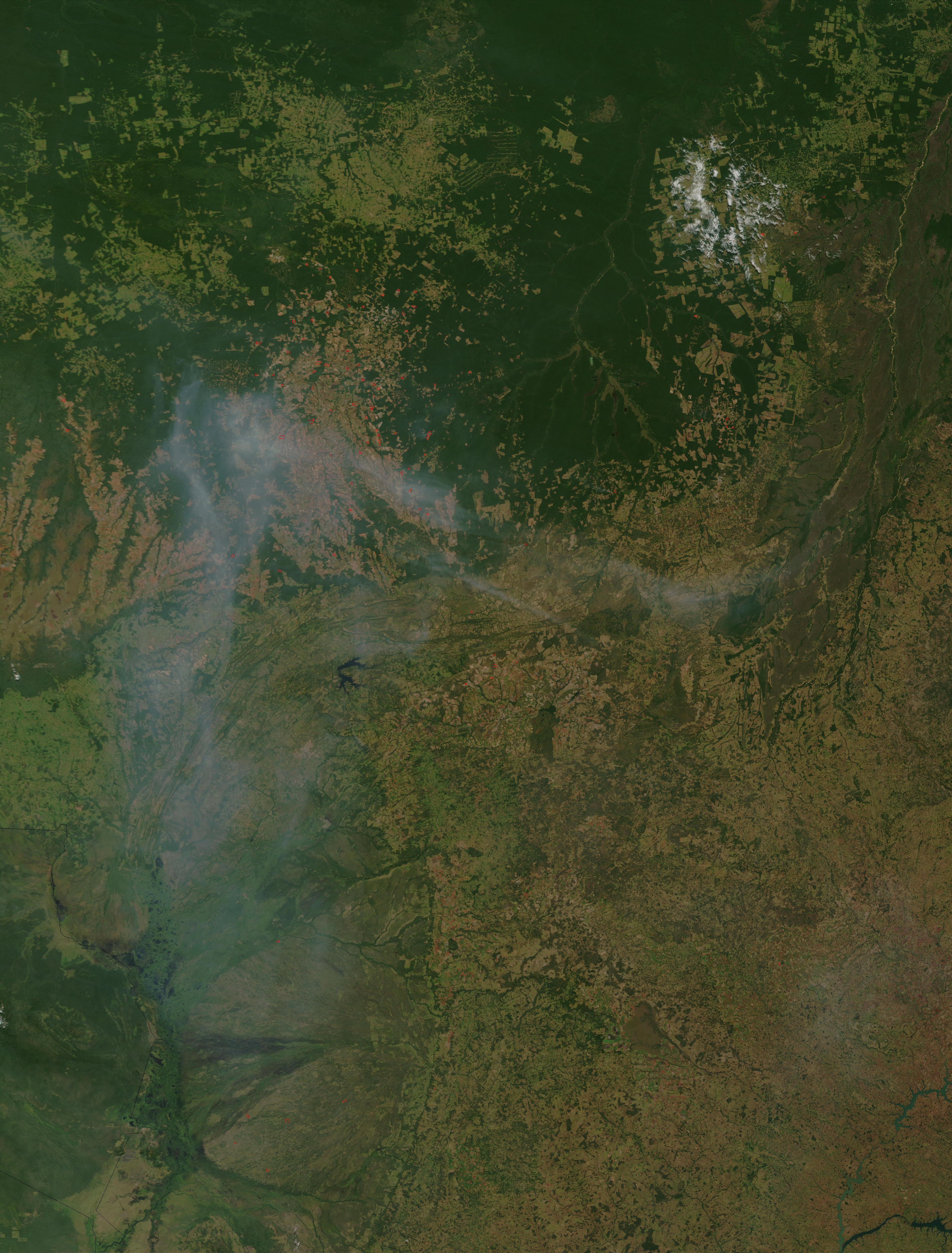Incendios y humo en el estado de Mato Grosso, Brasil