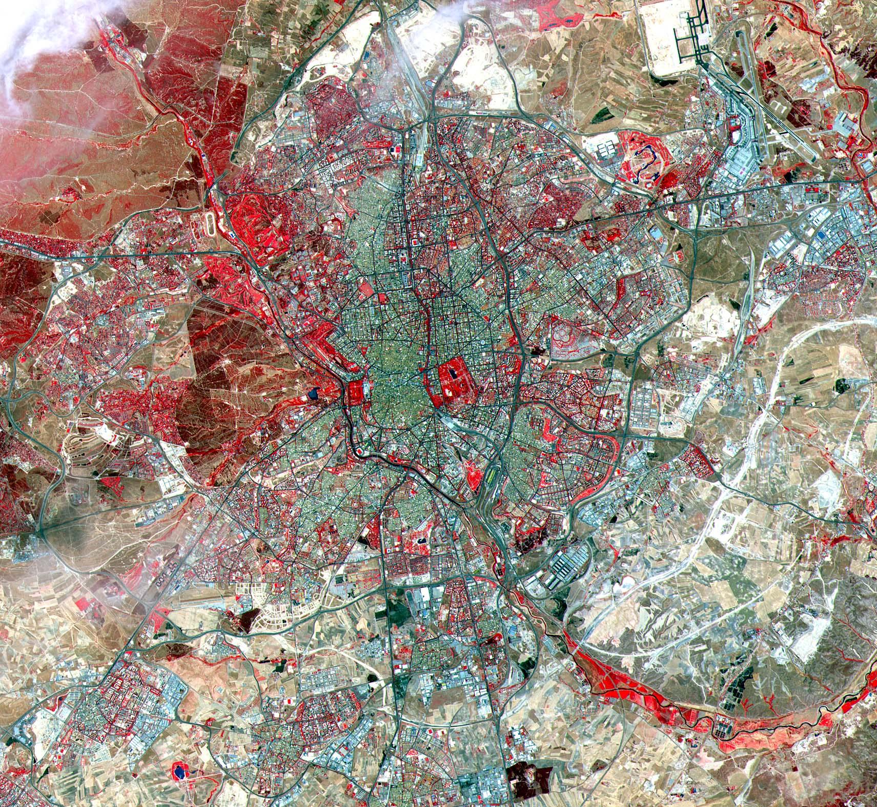 Mapa satelital de Madrid, España 2000