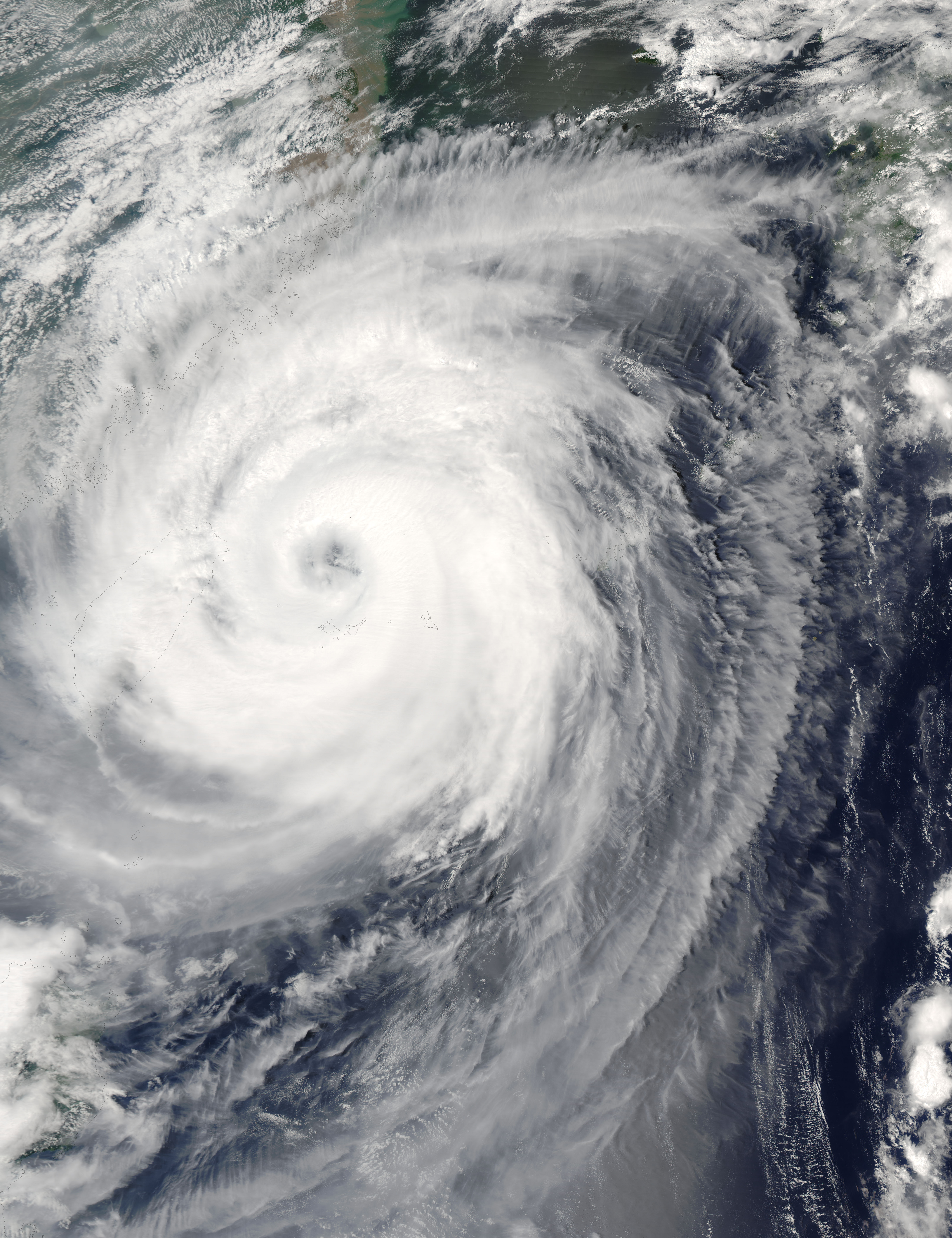 Tifón Aere (20W) cerca de China