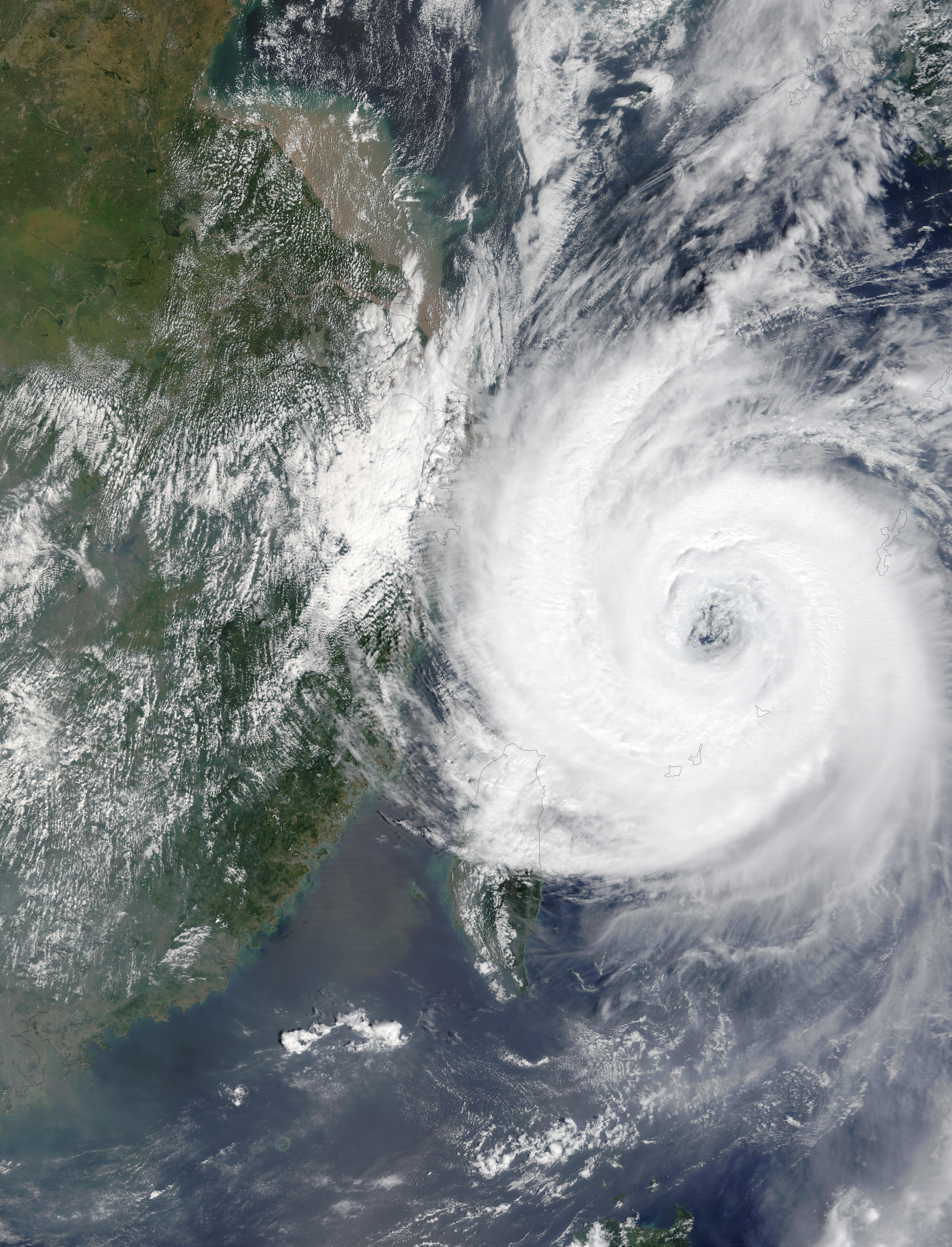 Typhoon Sinlaku (22W) off China