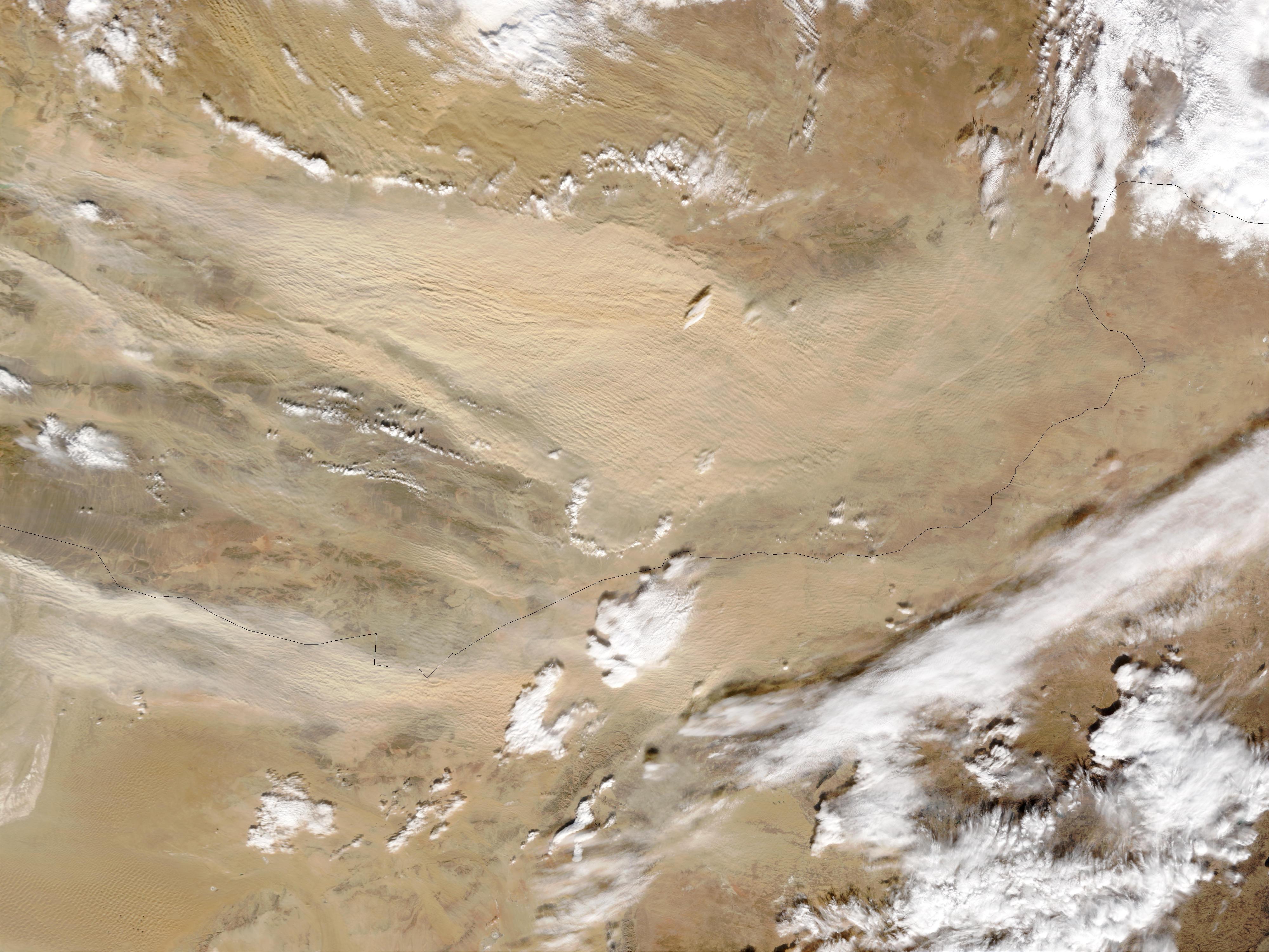 Tormenta de polvareda en el desierto de Gobi, Mongolia