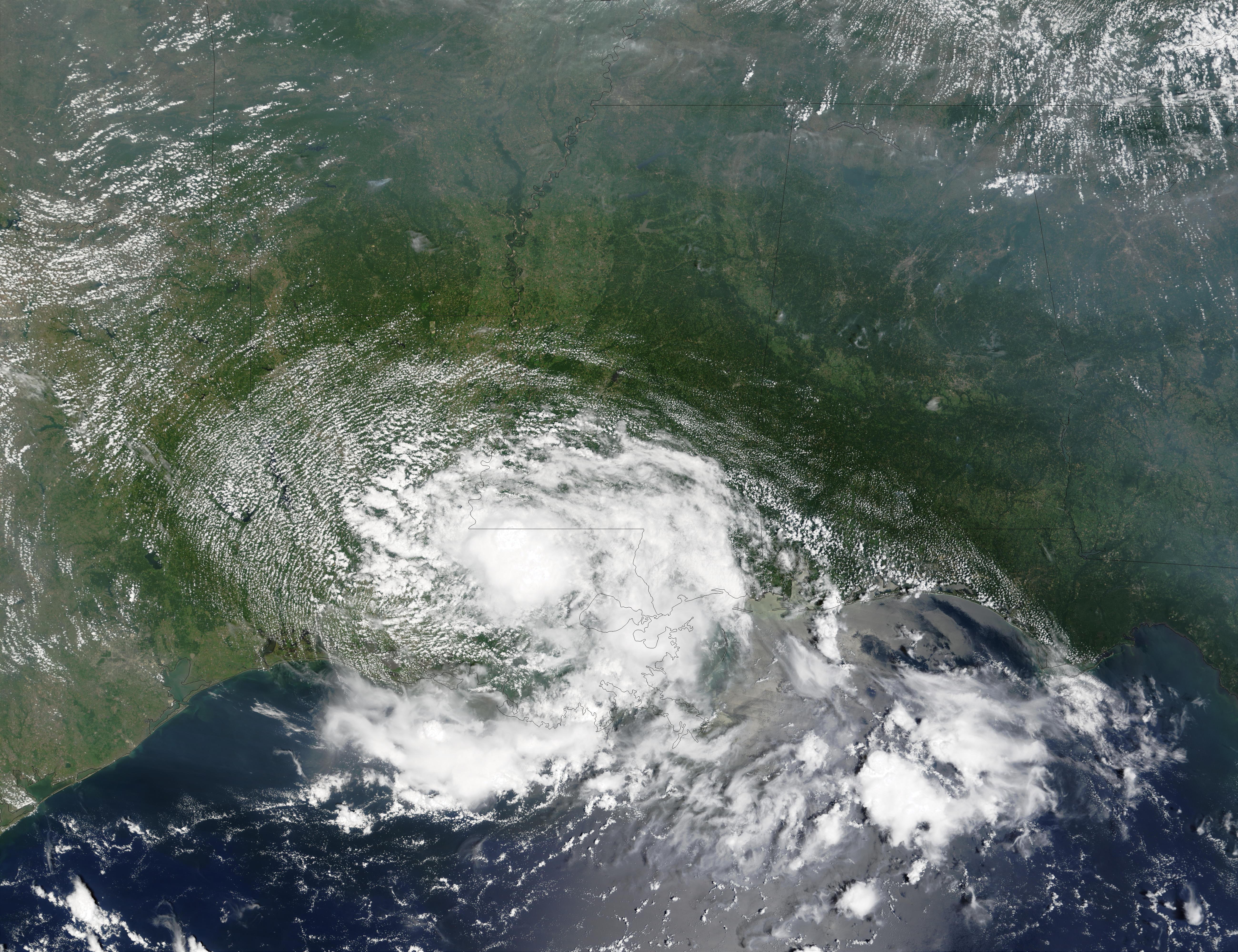 Vestigios del ciclón tropical Bertha encima de Luisiana