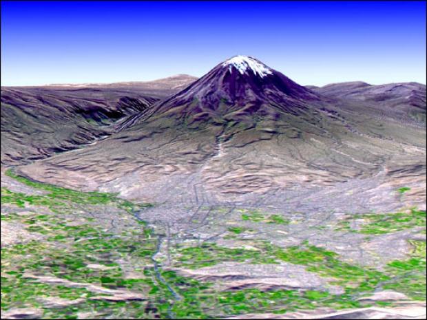 El volcán Misti y la ciudad de Arequipa, Perú