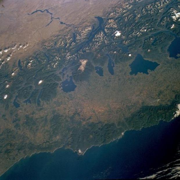 Imagen, Foto Satelite de Cordillera de los Andes, Lagos del Sur, Chile