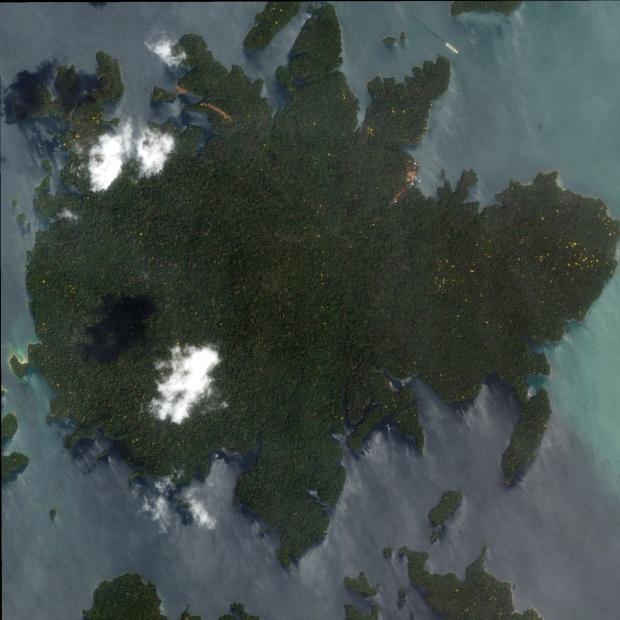 Imagen, Foto Satelite de la Isla Barra Colorado, Panamá