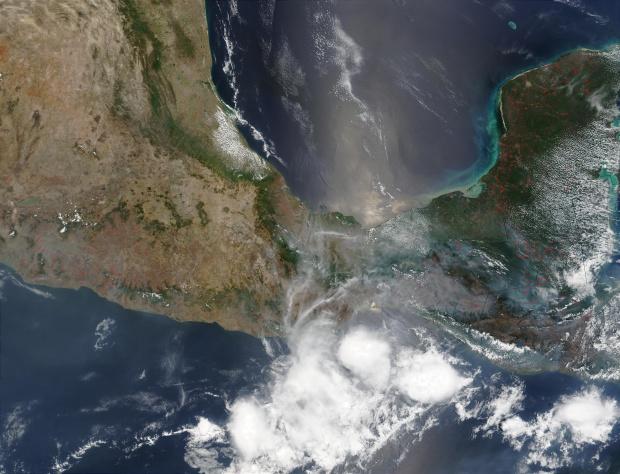 Incendios en el sur de México y Guatemala
