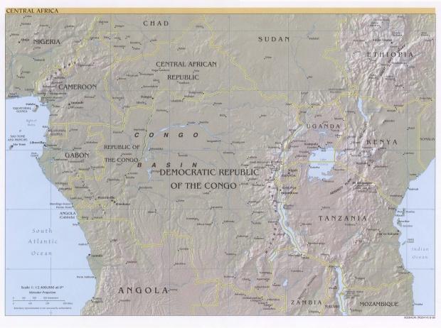 Relieve de África Central 1999
