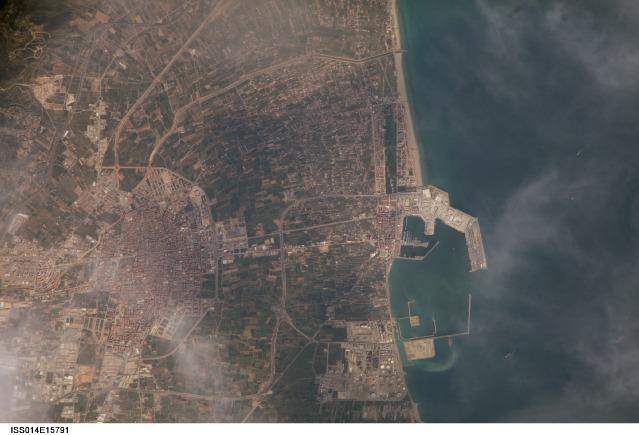 Castellón de la Plana, el Grao, the port and the Marjalería