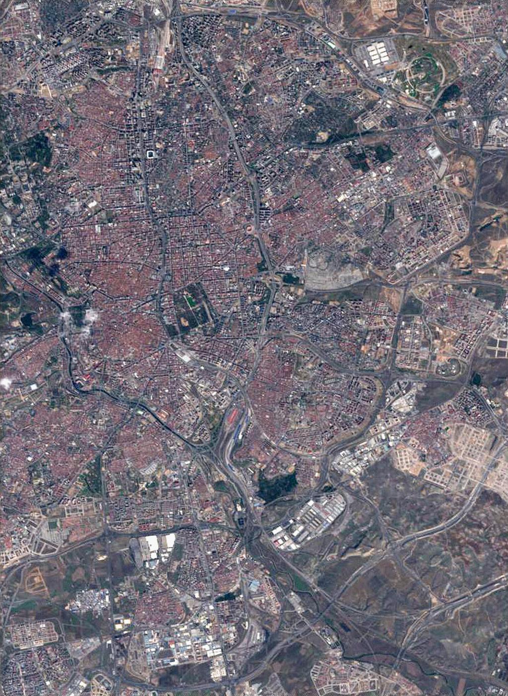 Imagen satelital de Madrid 2005