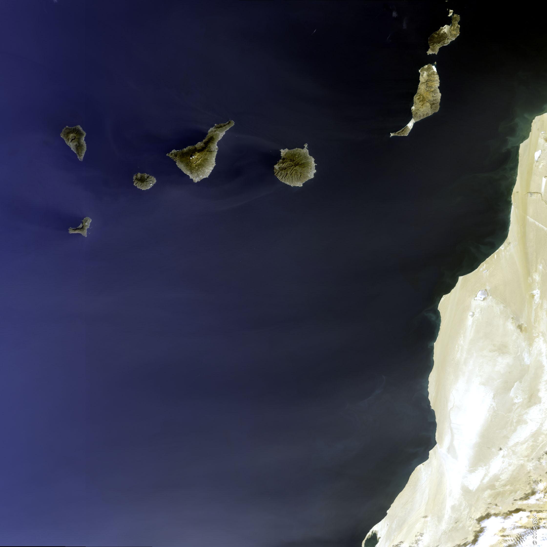 Imagen satelital de las Islas Canarias 2005