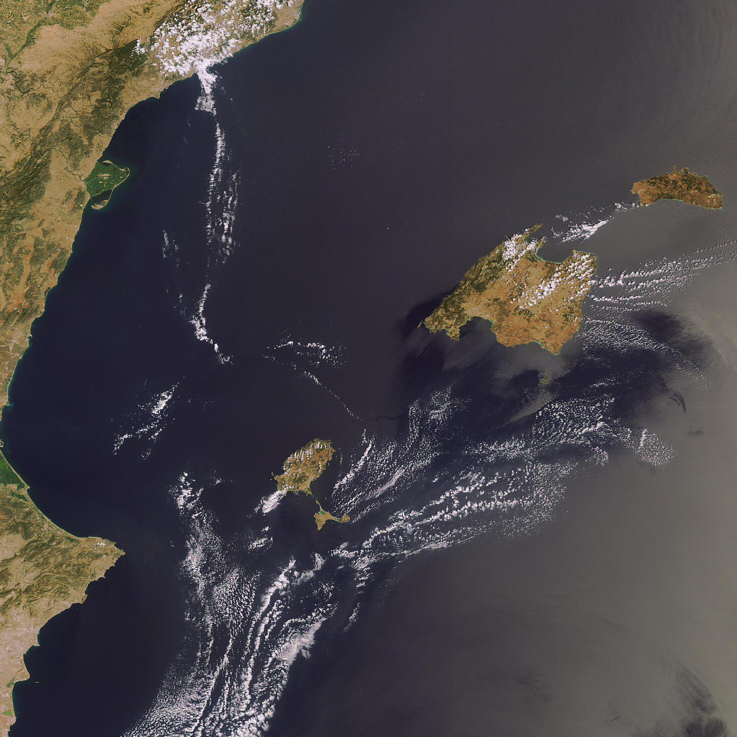 Imagen satelital de las Islas Baleares 2006