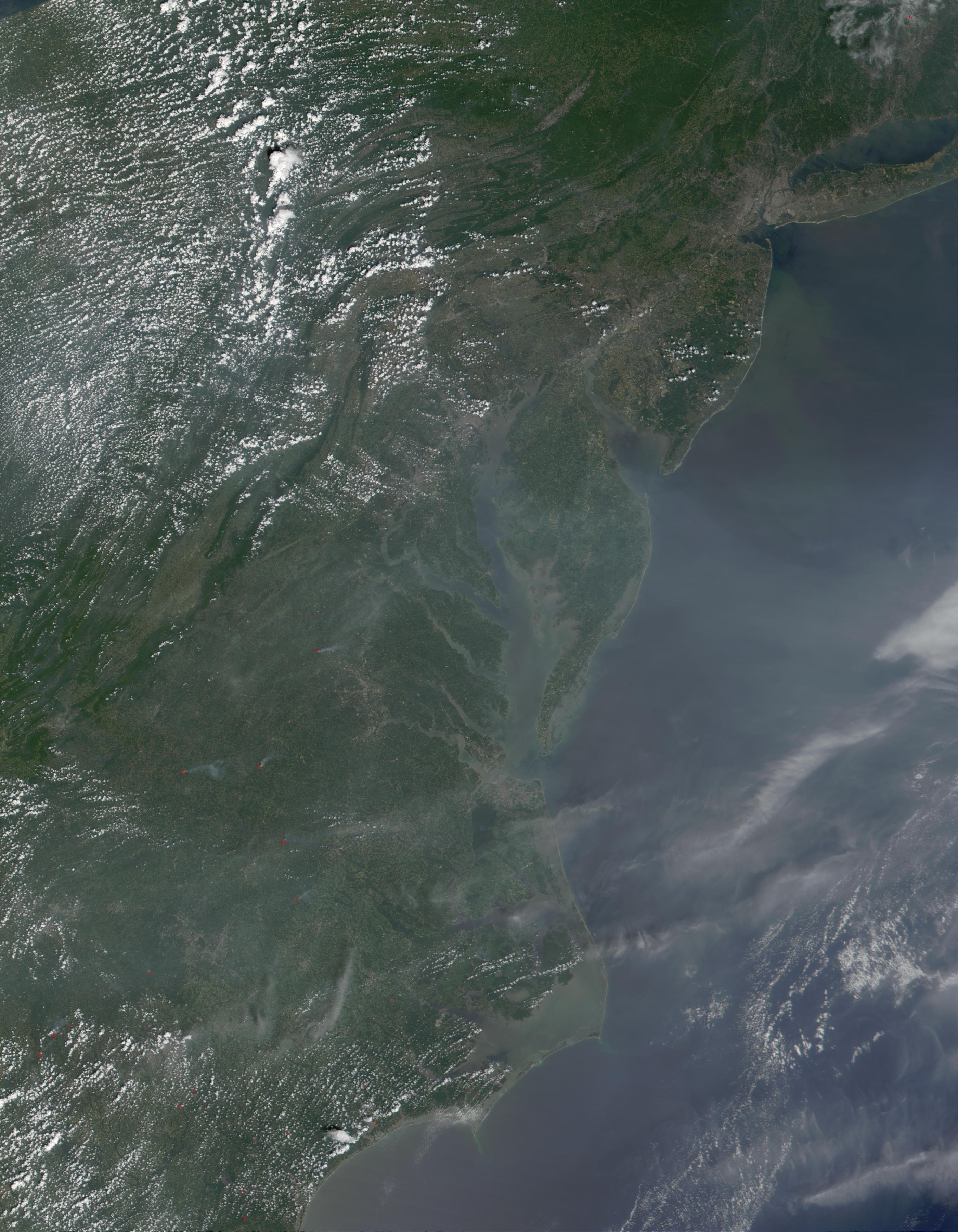 Abundantes aerosoles encima del Mid-Atlántico, Estados Unidos