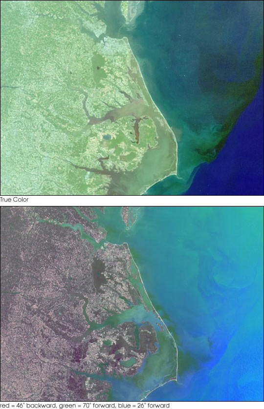 Aguas mezclándose y movimientos de buques cerca de la costa de Carolina del Norte