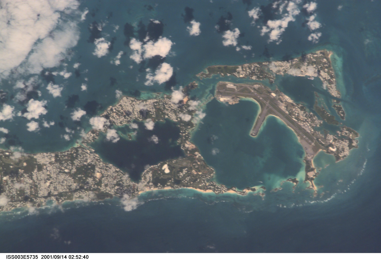 """""""Calderas"""" a lo largo de la costa sureste de las Bermudas"""