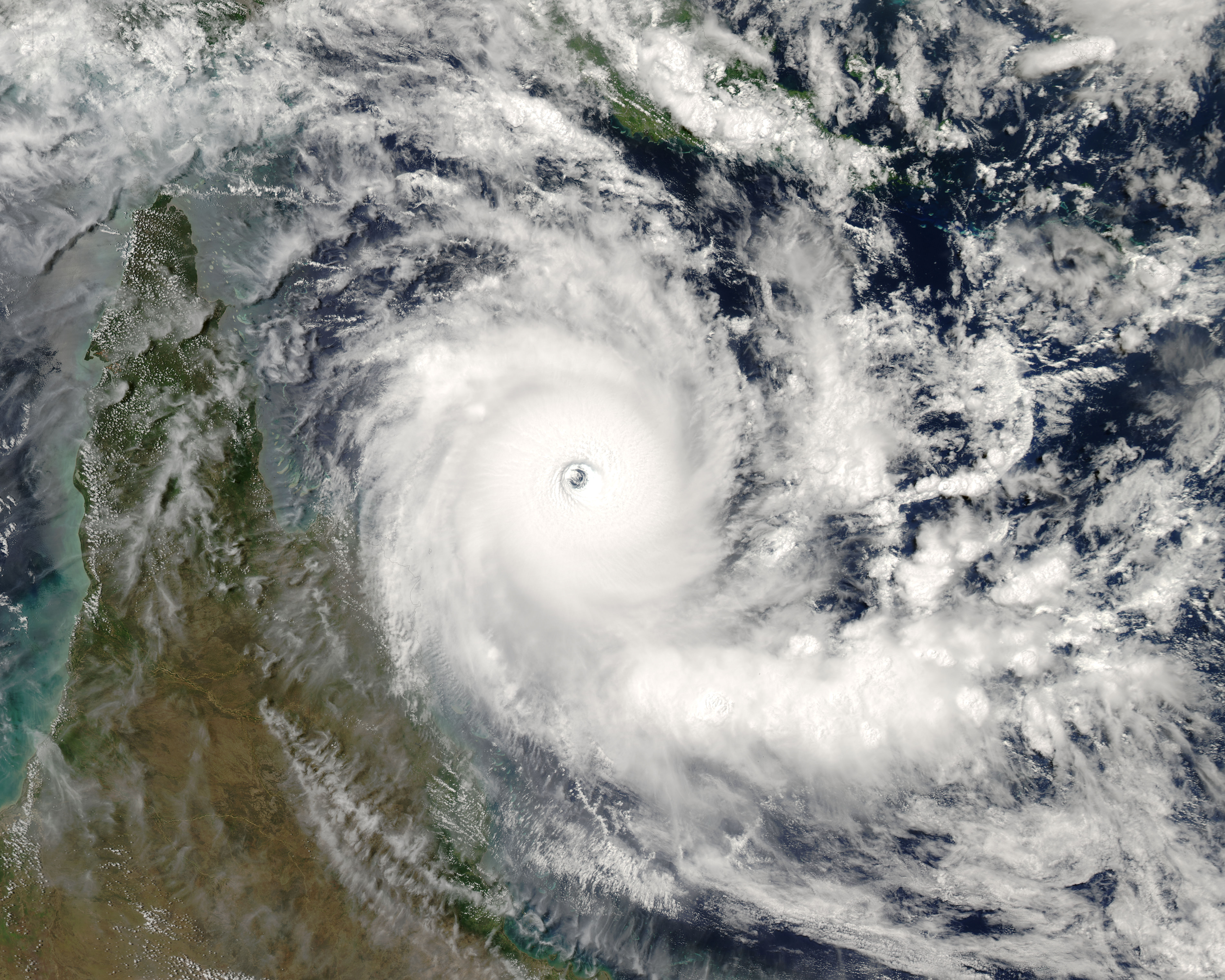 Tropical Cyclone Ingrid (22P) approaching Cape York Peninsula, Australia
