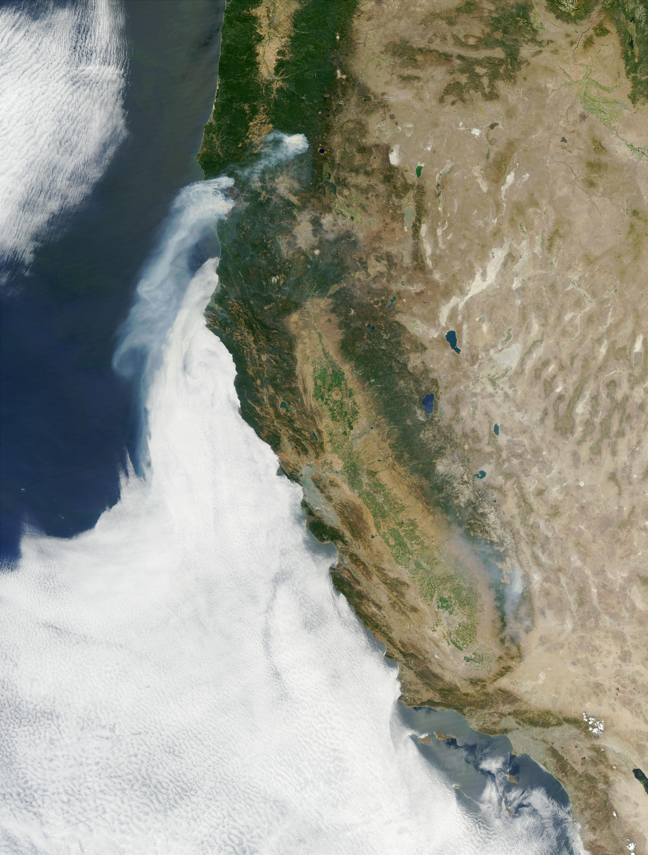 Fuego Biscuit en Oregón del nuevo satélite Aqua de la NASA