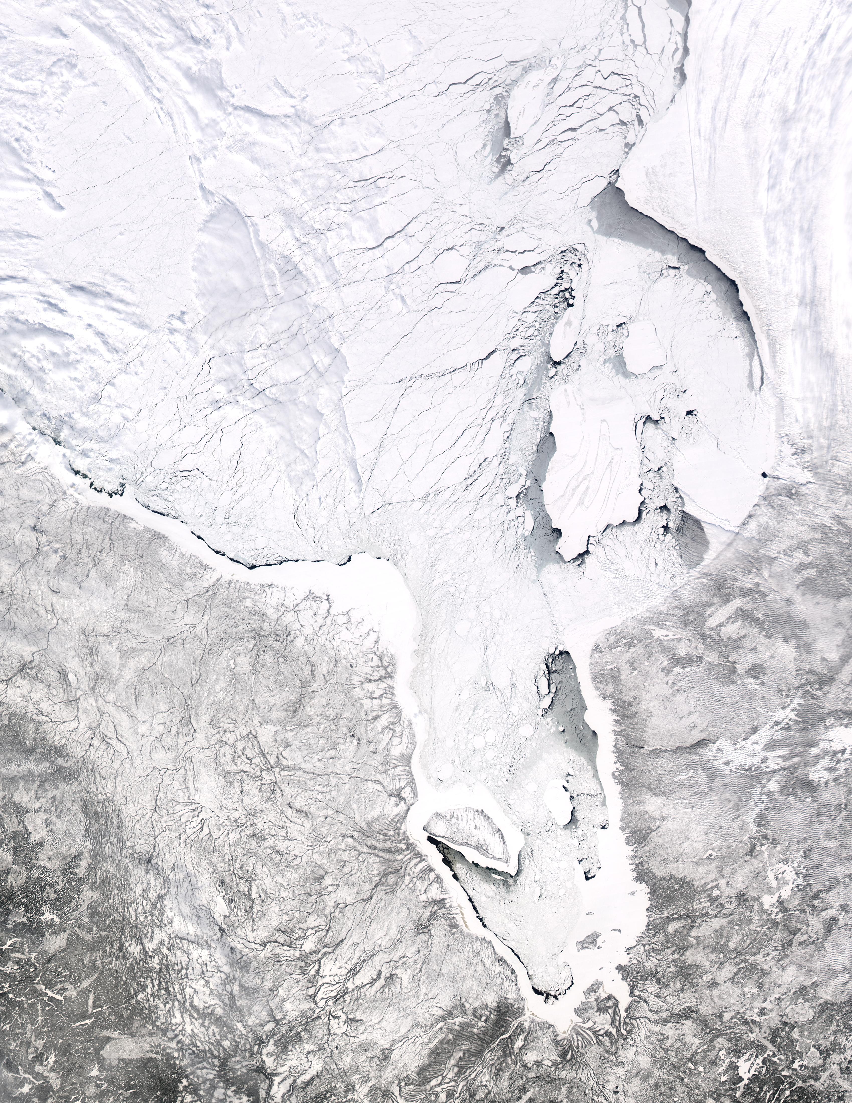 Ice breaking up in Hudson Bay, Canada