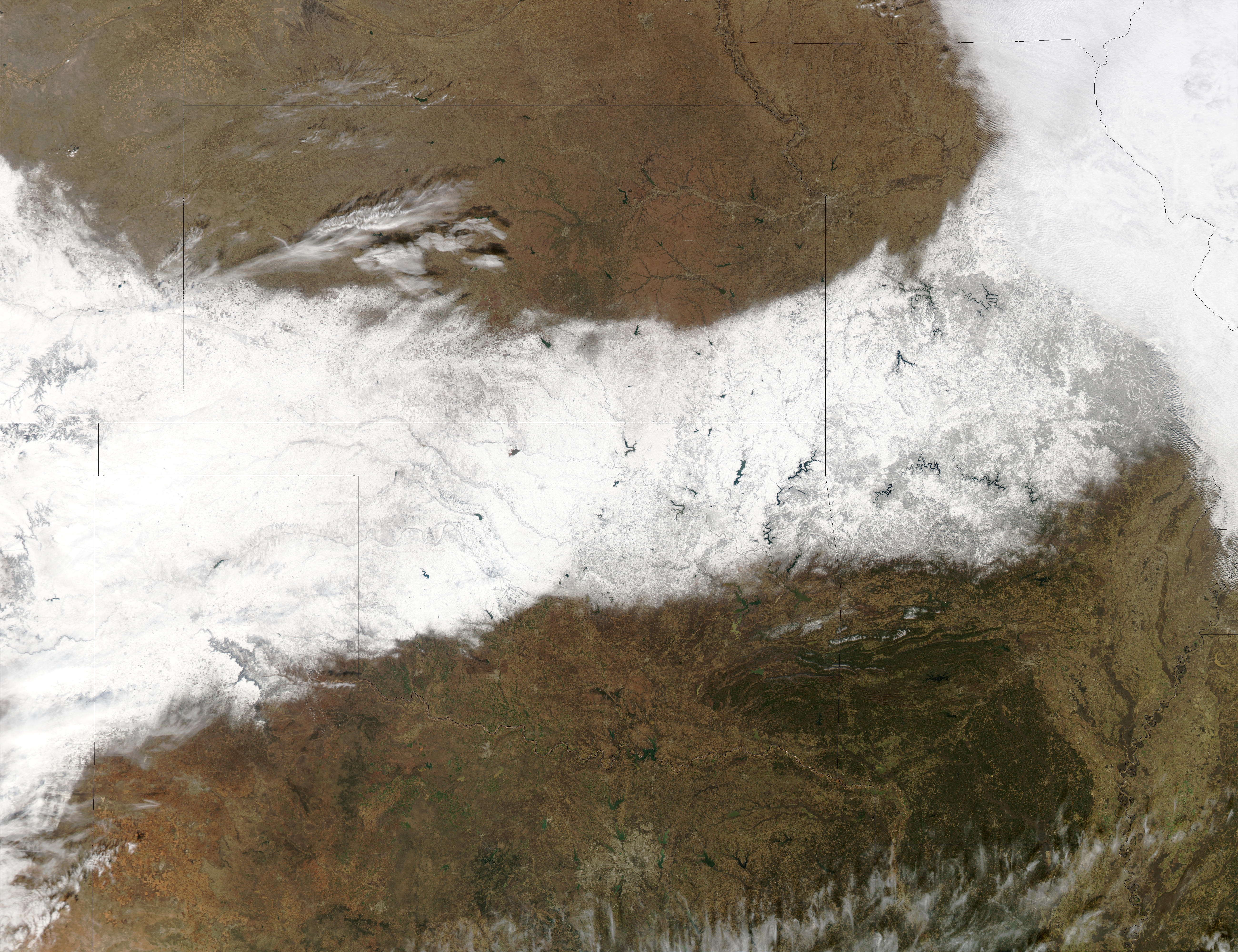 Snow trail across South Central United States