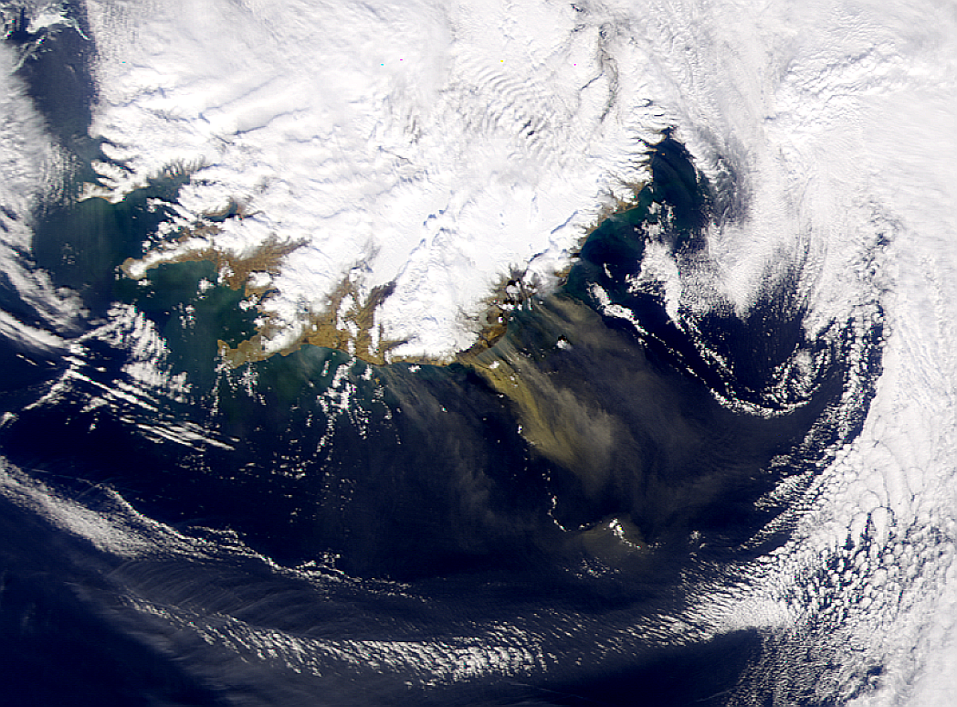 Humo or polvo en Islandia