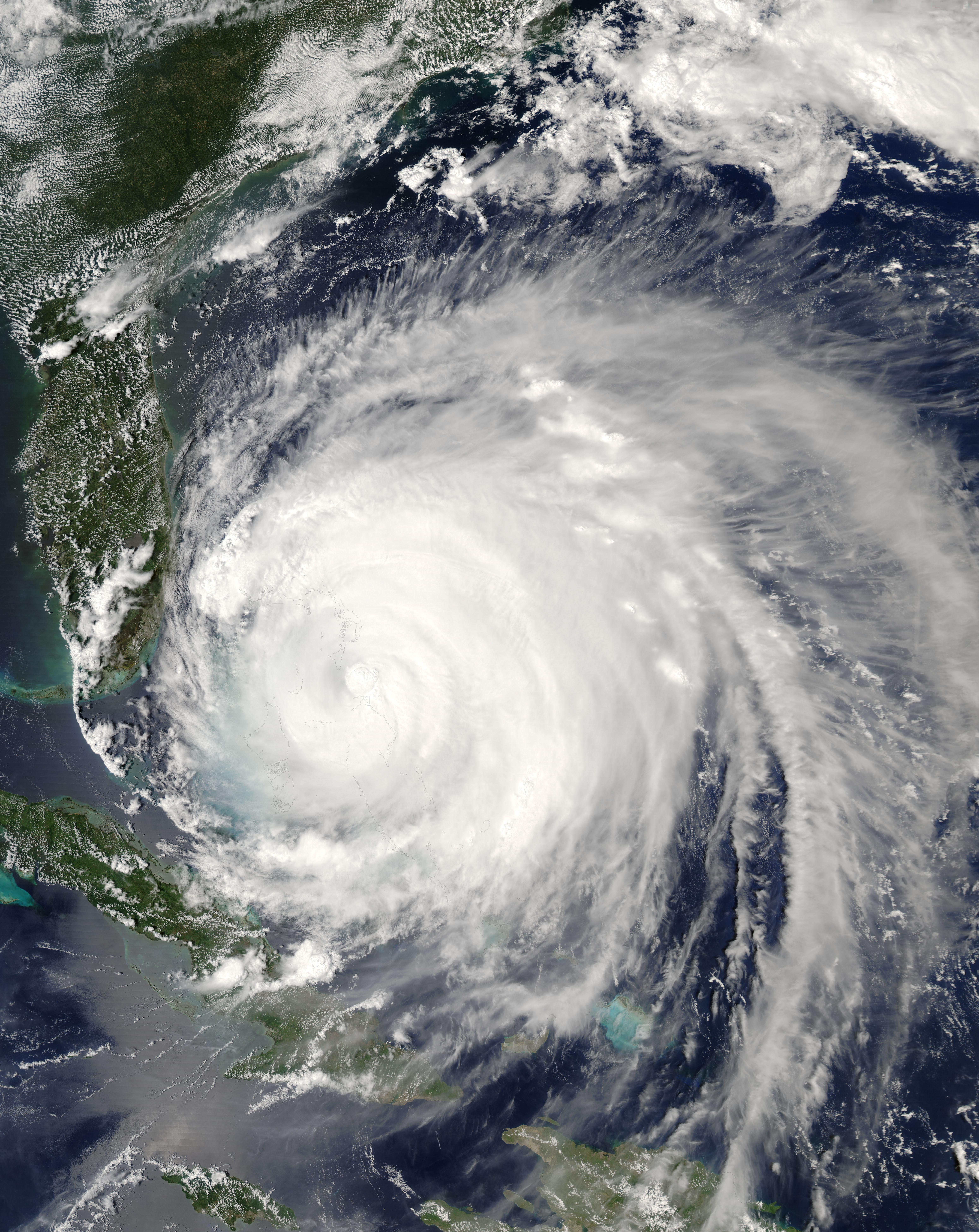 Hurricane Frances (06L) over the Bahamas