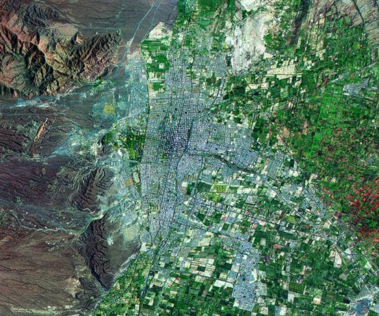 Imagen, Foto Satelite de la Ciudad de Mendoza, Prov. Mendoza, Argentina
