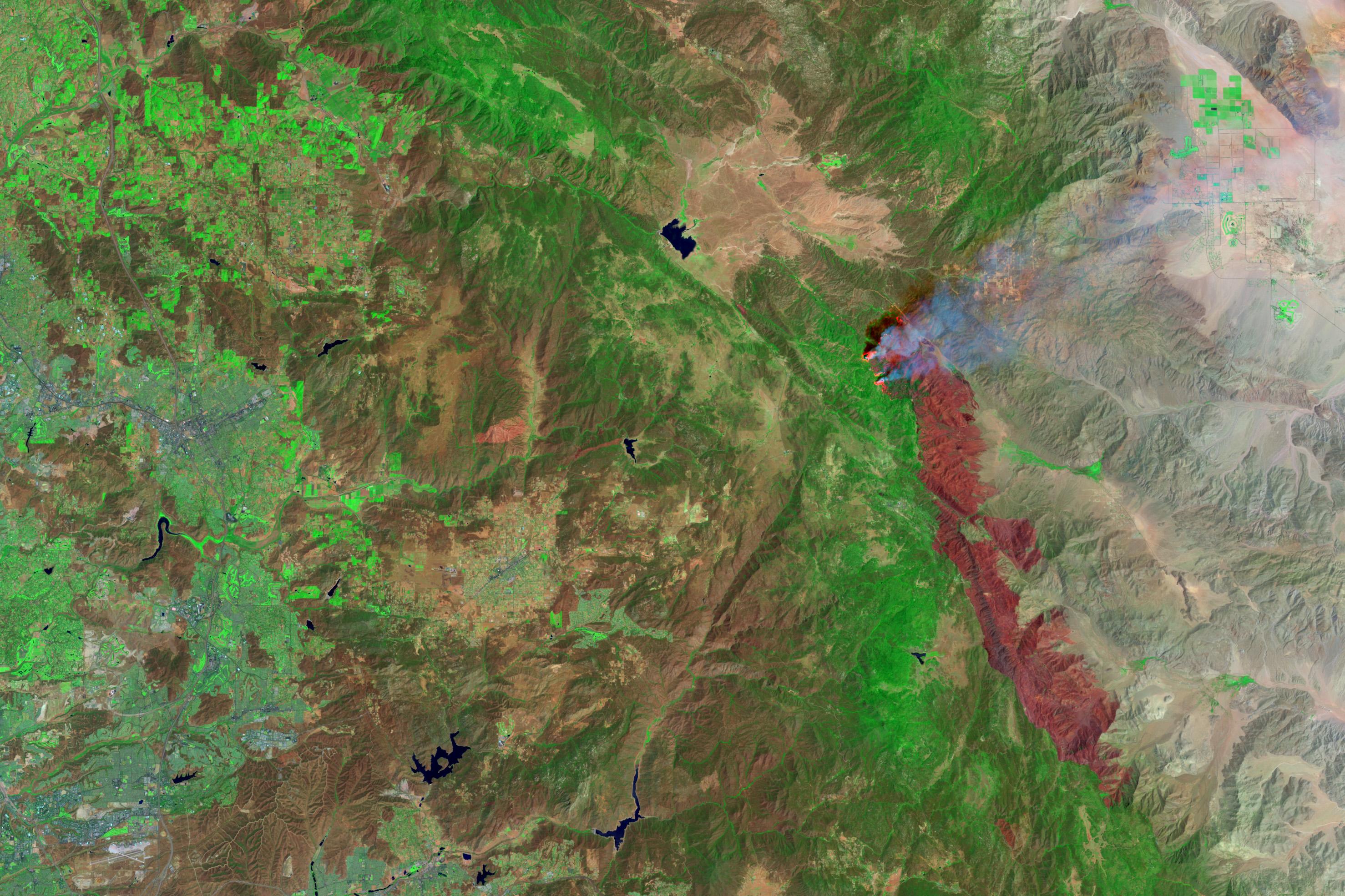 Incendio en parque estatal Anza Borrego, California