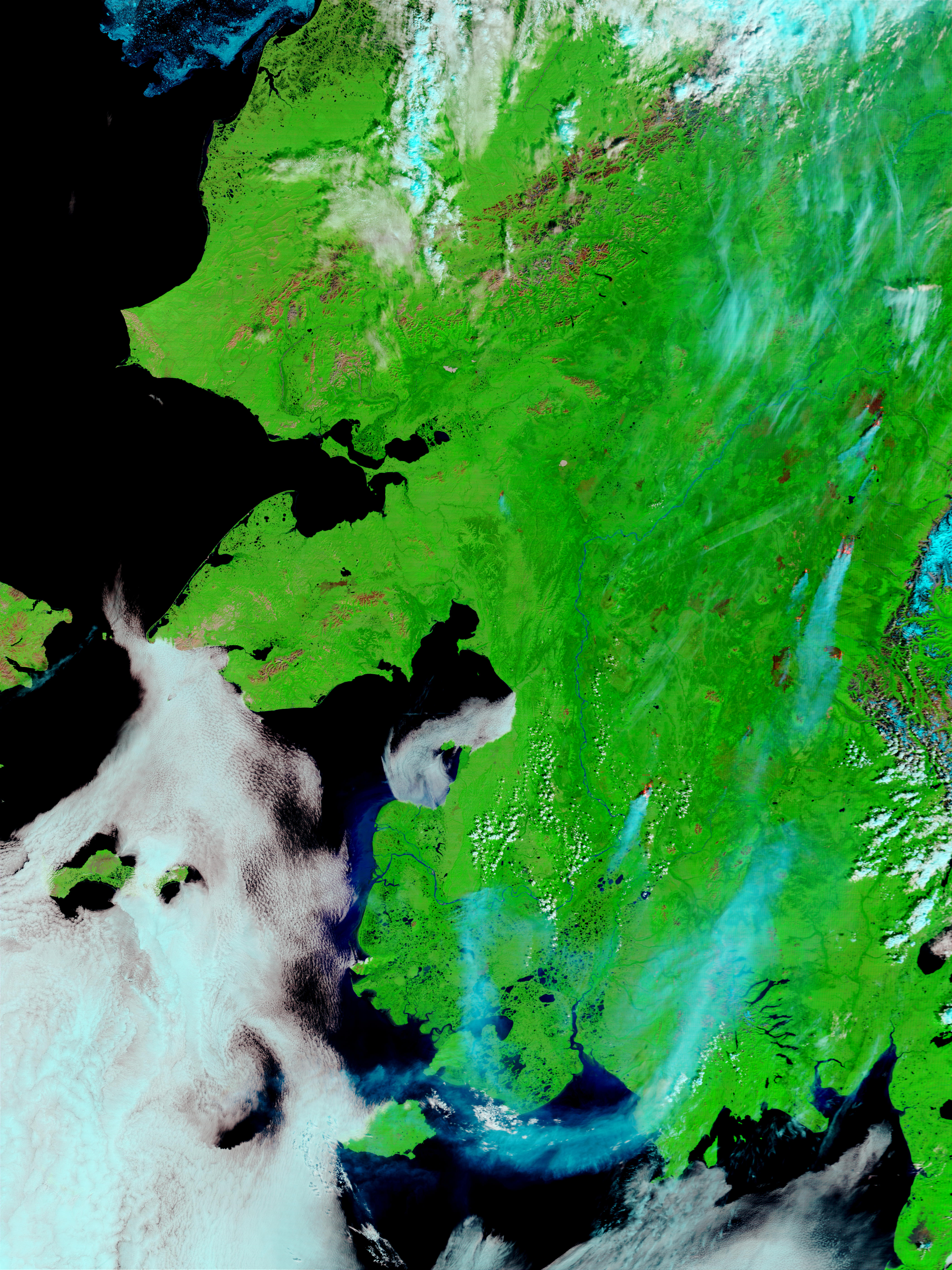 Incendios, humo, y cicatrices de los Incendios en Alaska