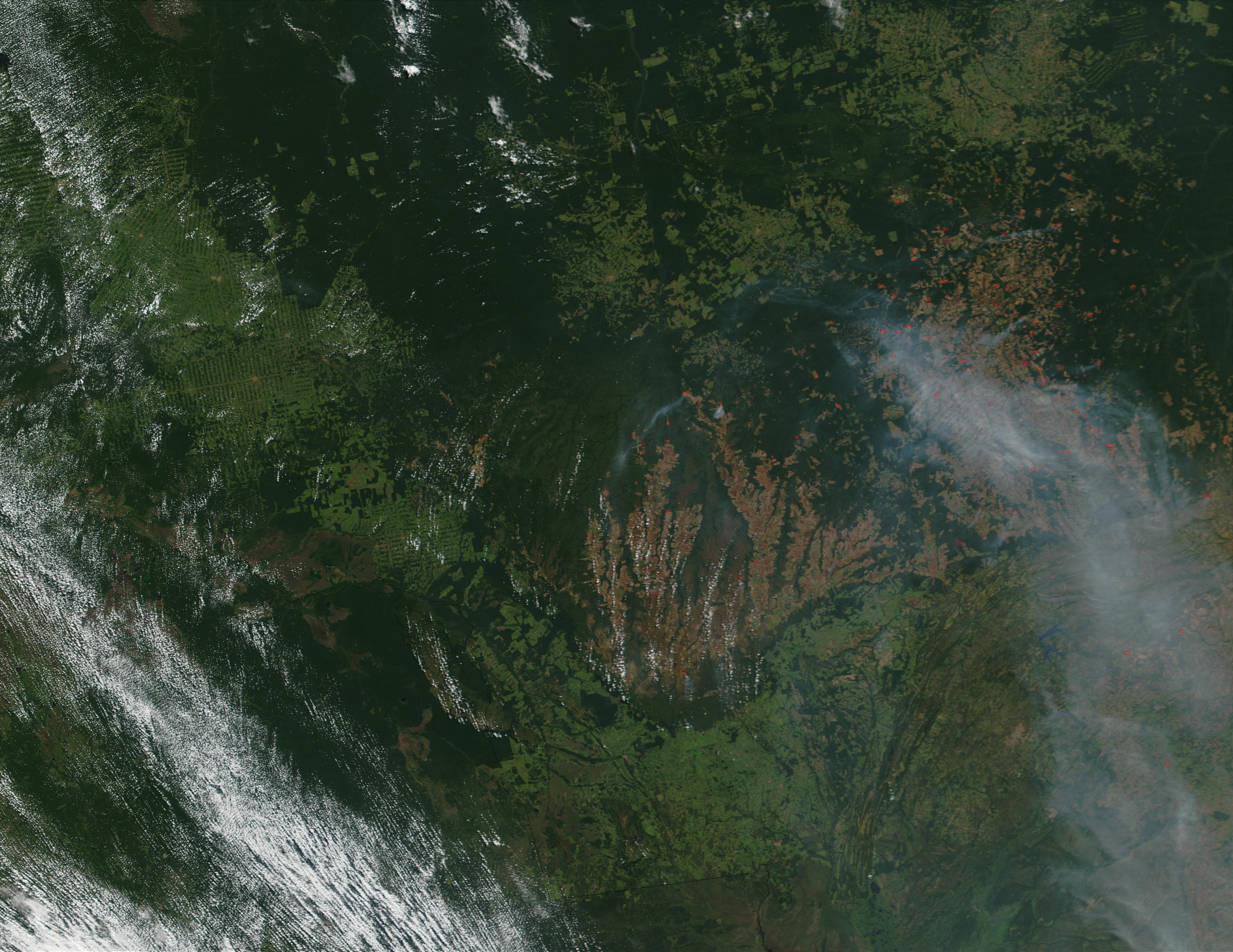 Fires and smoke in Mato Grosso State, Brazil