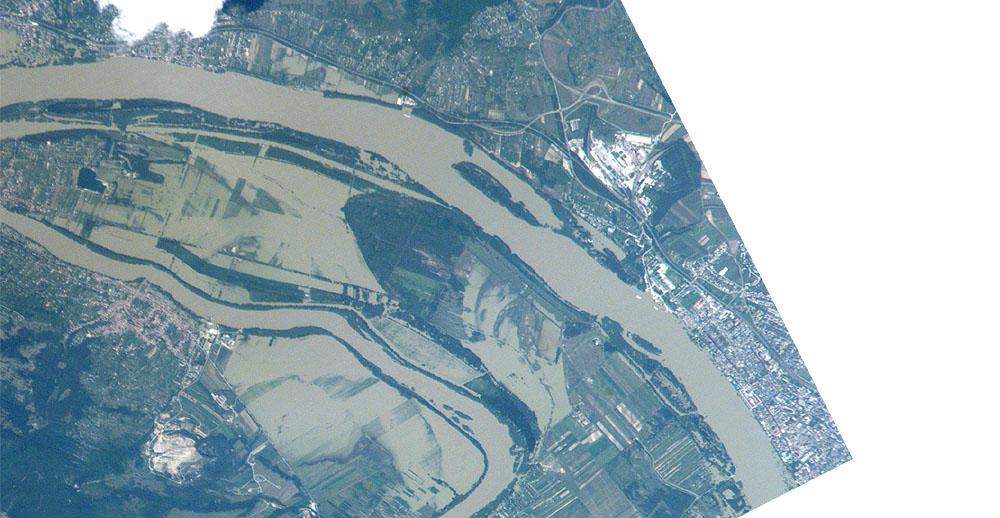 Inundaciones del río Danubio cerca Vác, Hungría