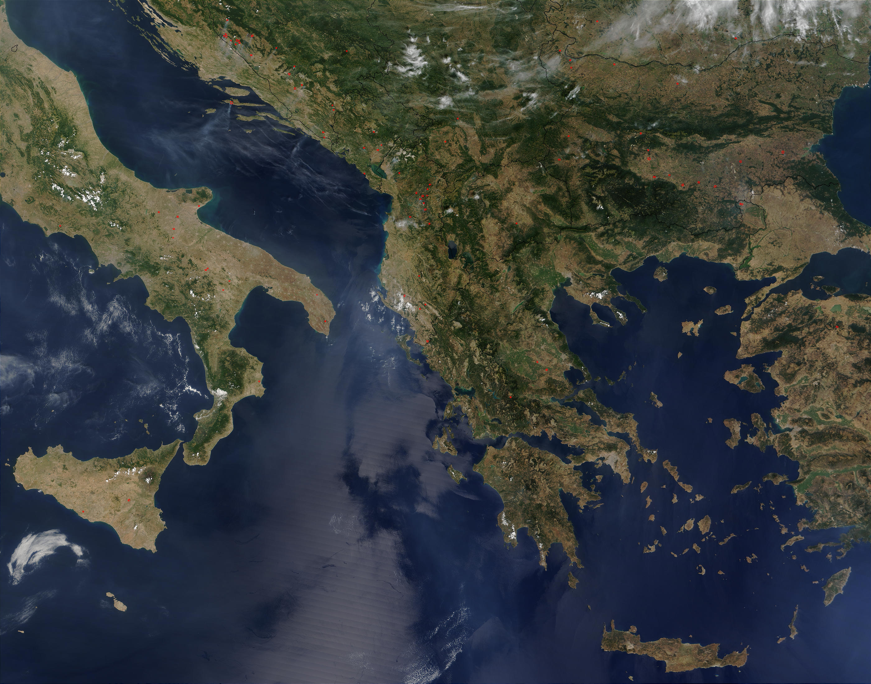 Mapa satelital de los Balcanes 2003