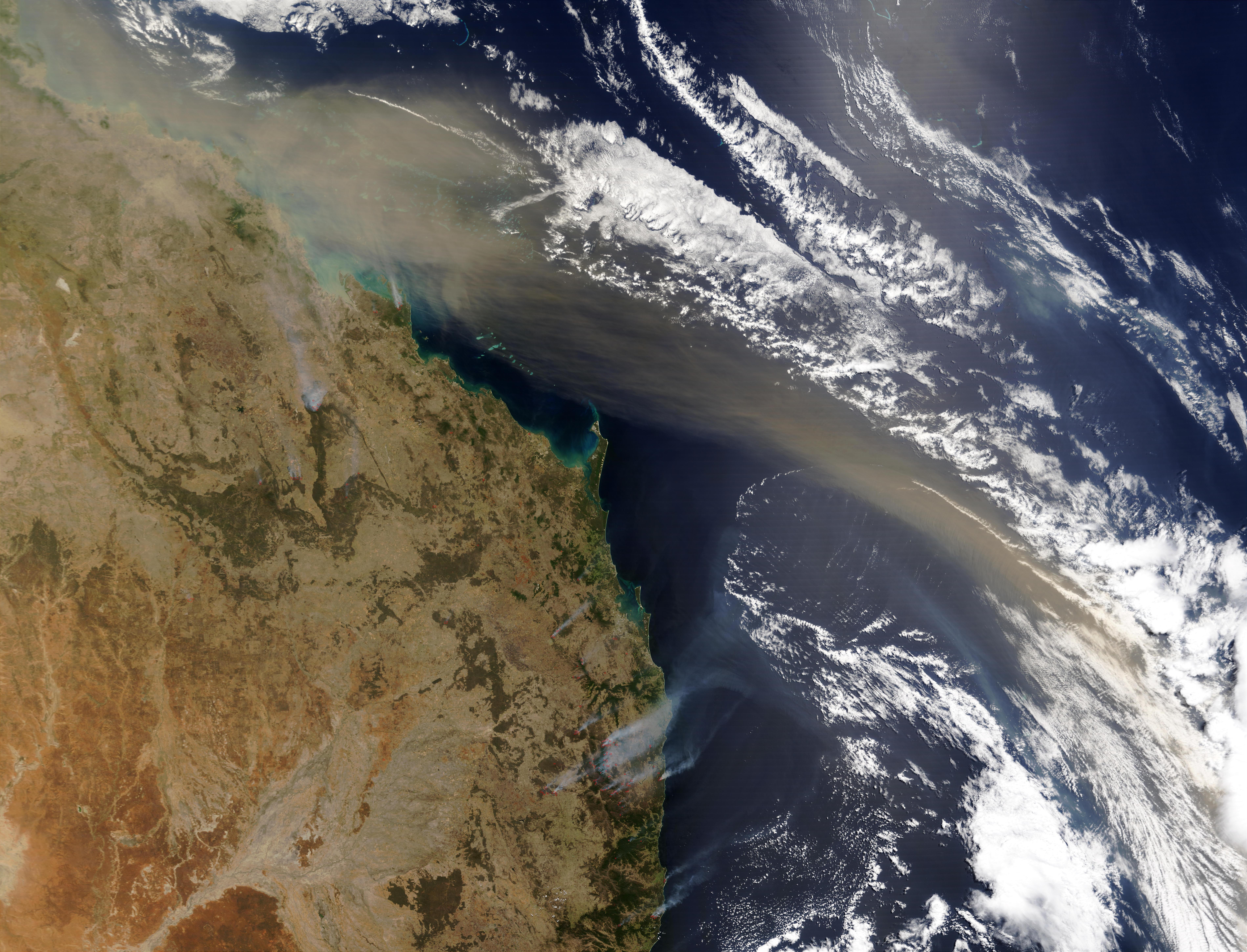 Penacho de polvorada cerca de la costa este de Australia