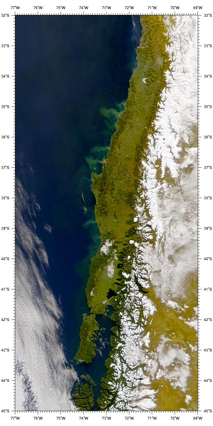 Penachos de sedimentos cerca de la costa de Chile