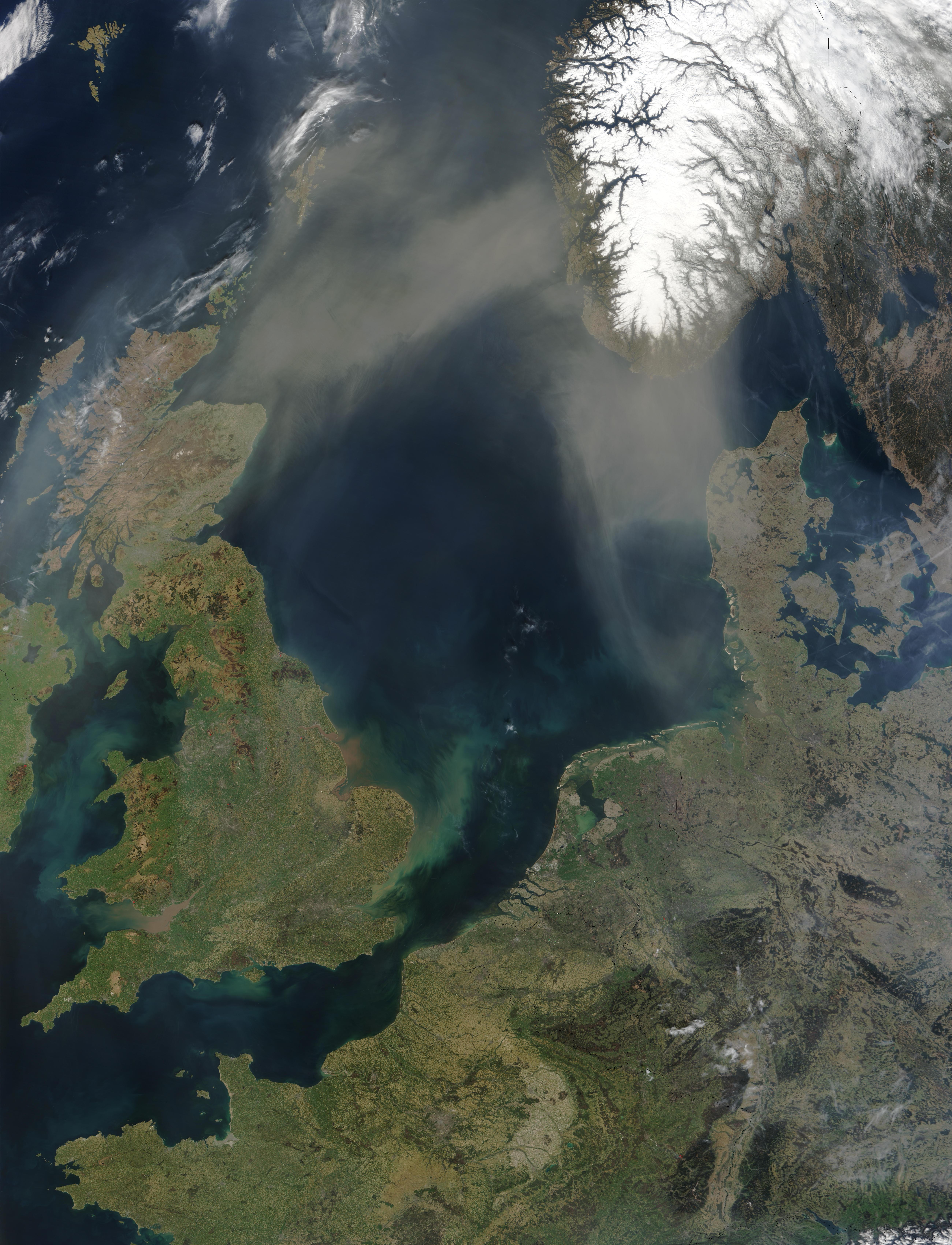Saharan dust over the North Sea