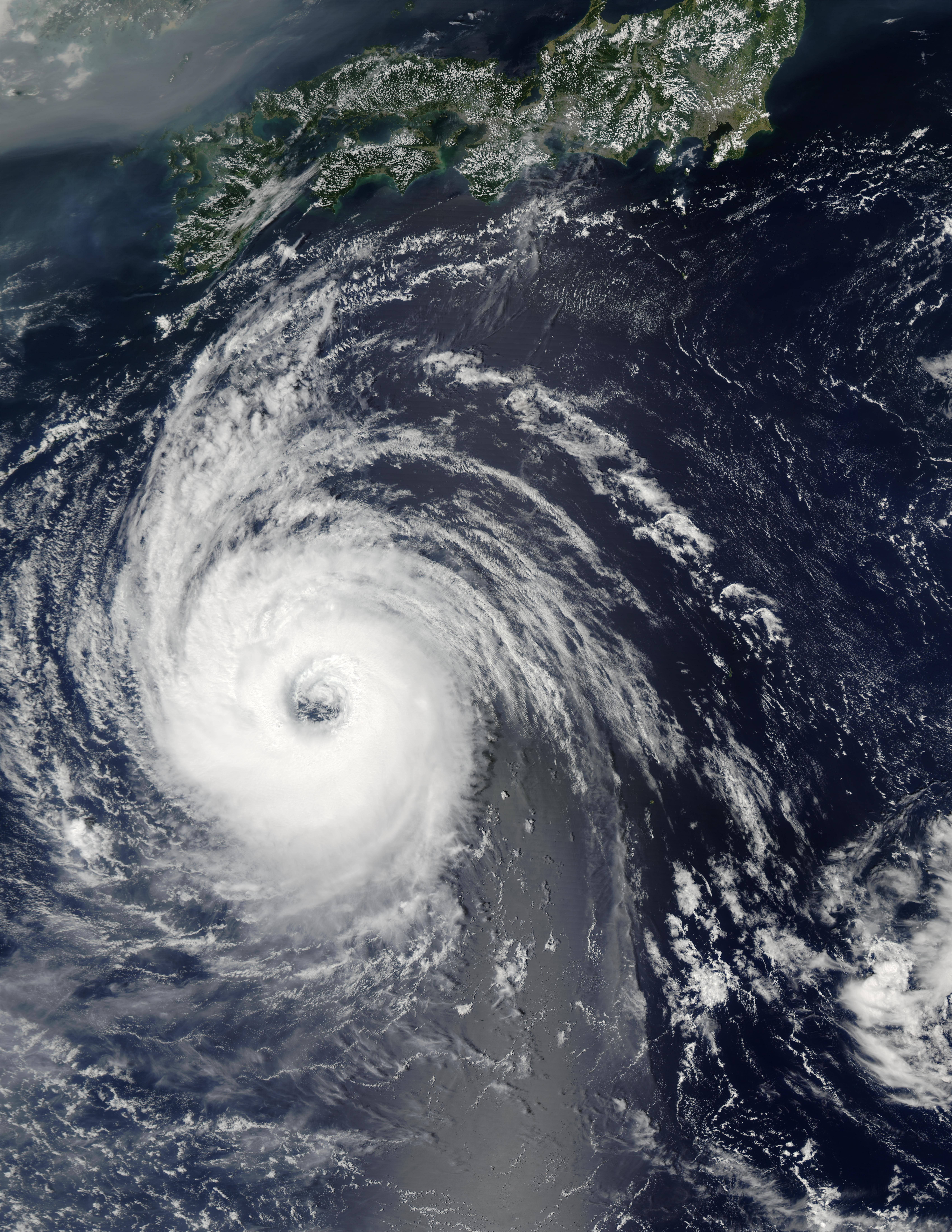 Tifón Sinlaku (22W) sur de Japón