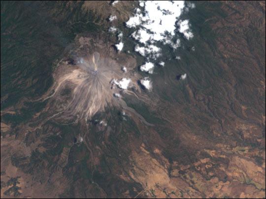 Volcán de Colima erupciona en México