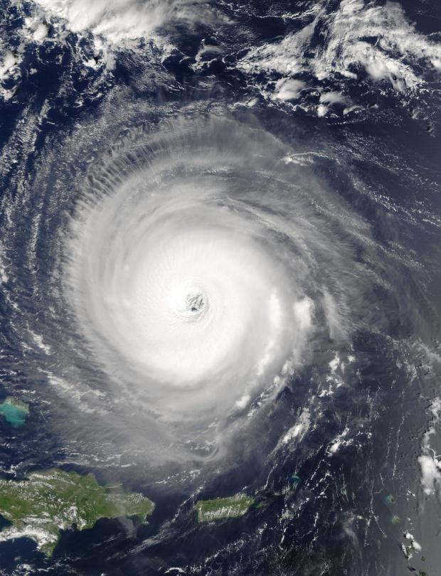 Huracán Isabel al norte de Puerto Rico