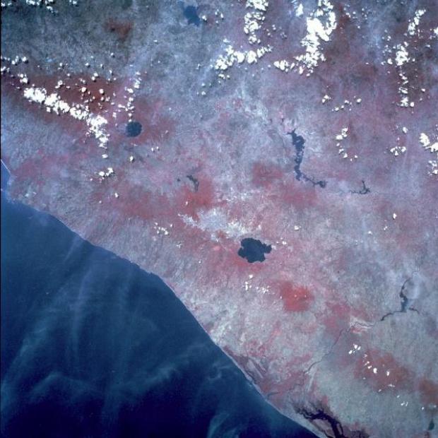 Imagen, Foto Satelite de San Salvador, El Salvador (infrarojo)