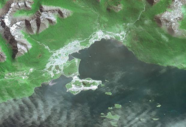 Imagen, Foto Satelite de la Ciudad de Ushuaia, Prov. Tierra del Fuego, Argentina